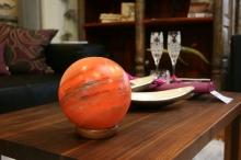 Biova Salzlampe Planet mit Holzsockel + Beleuchtung